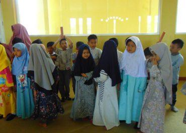 Parenting Islami: Cara Mendidik Anak Menurut Islam